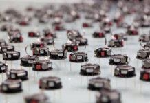 Robot che si muovono senza comunicare