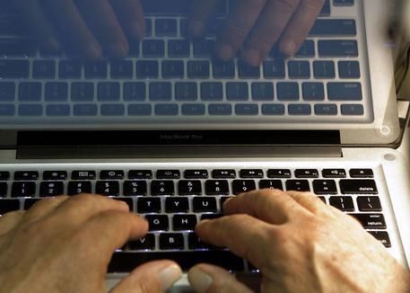 Attacco Hacker Mondiale (1)