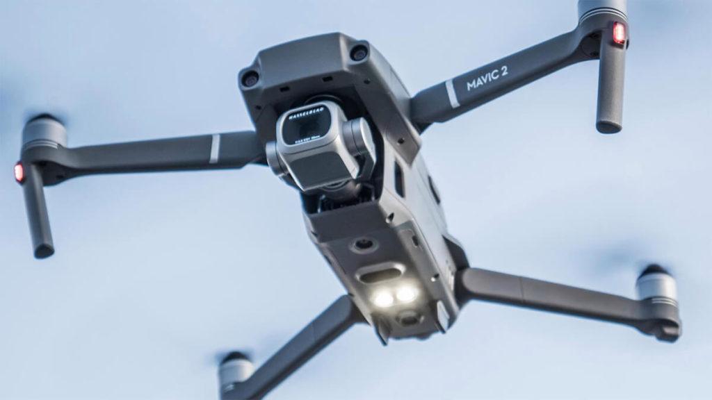 Il drone Mavic 2 di DJI, che ha guidato le operazioni di spegnimento. Credits: dji-store.it