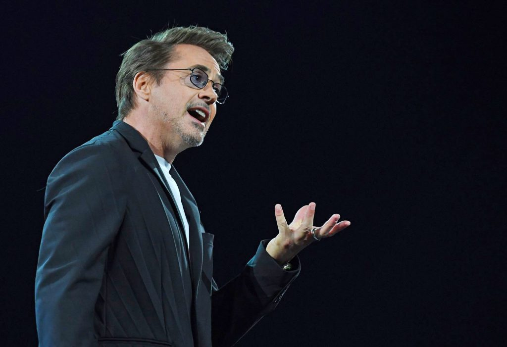 Robert Downey Jr. a re:MARS, dove ha parlato dell'utilizzo delle nanotecnologie per la pulizia del pianeta. Credits: Mark Ronston