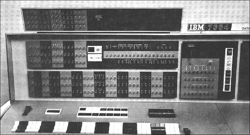 L'IBM 7094, la macchina dove venne sviluppato e installato il C.T.S.S. Credits: archeocomputing