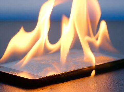 BadPower brucia smartphone