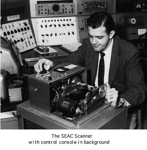 Lo scanner del team SEAC, il primo a realizzare immagini digitali. Credits: robadagrafici.net