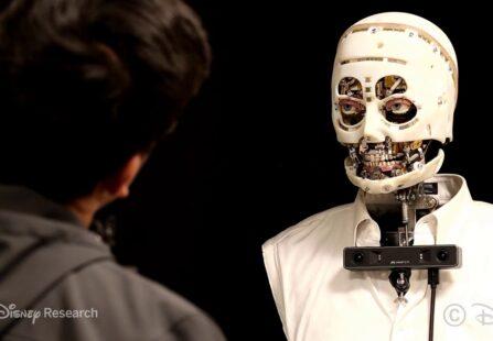 Ingegneri Disney al lavoro su un robot dallo sguardo umano