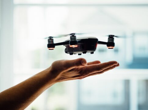 comandare un drone