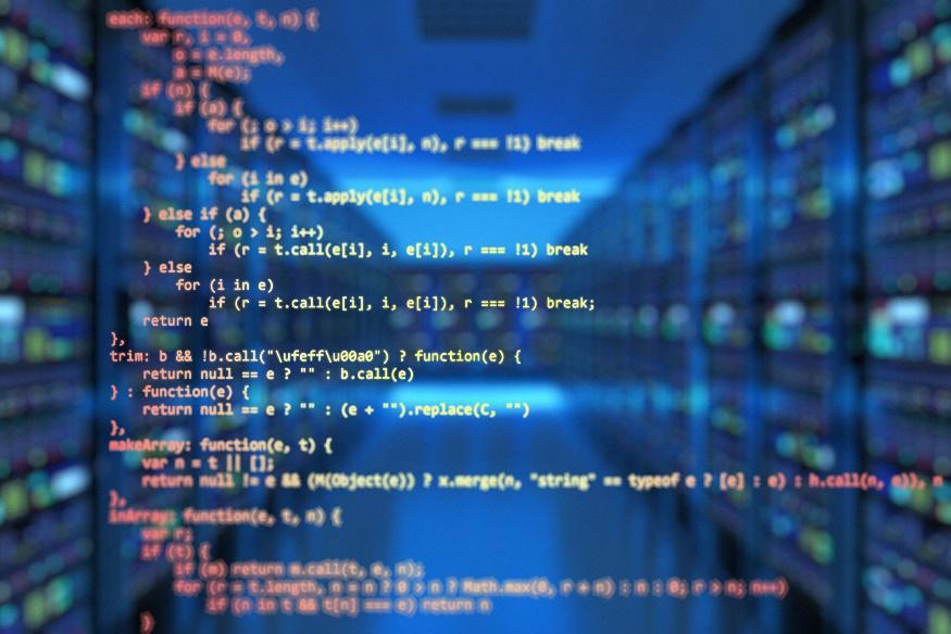 Per ridurre il rischio informatico è necessario adottare specifiche strategie che lo minimizzino.