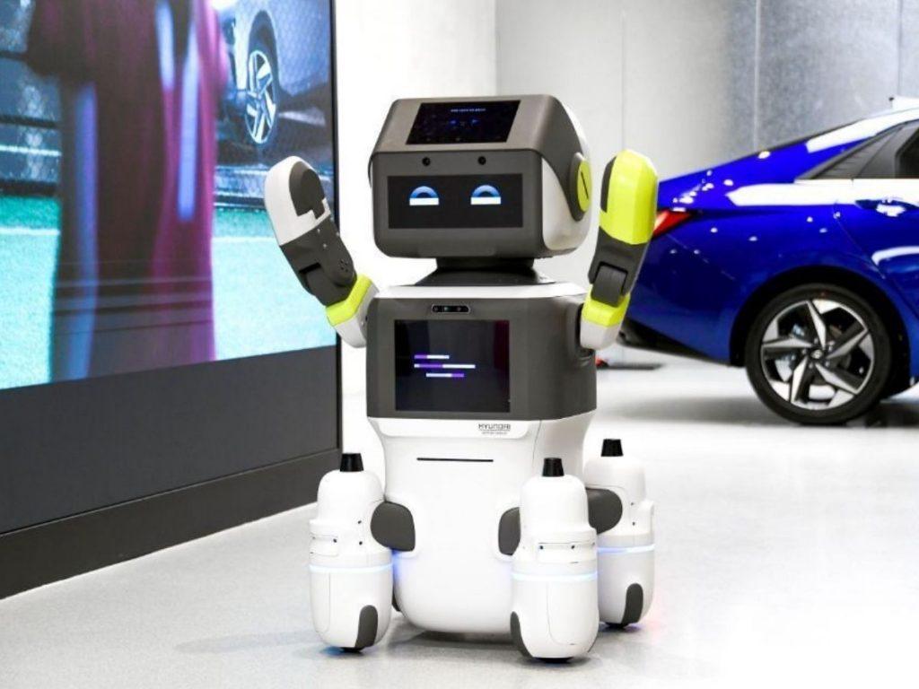 La diffusione di questa nuova tecnologia negli showroom Hyundai sarà favorita dalla recente acquisizione di Boston Dynamics, già leader nel settore dell'automazione. Credits: DealerLink