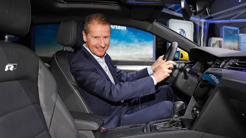 Il CEO di Volkswagen Herbert Diess. Credits: Motor1