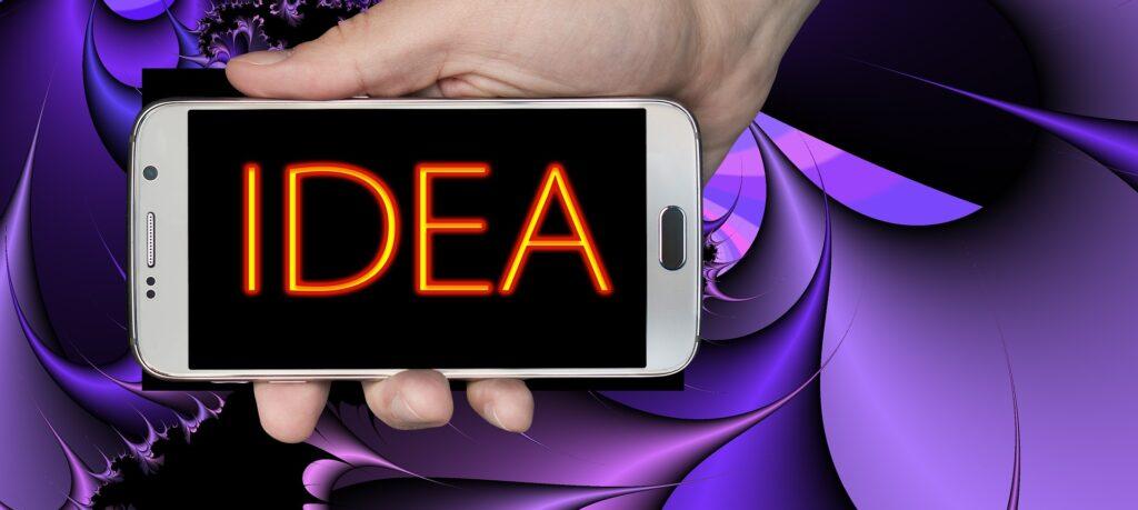 idea regalo cover personalizzata