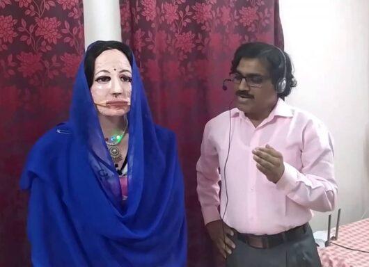 Shalu, il robot umanoide fatto di materiali di scarto arriva dall'India