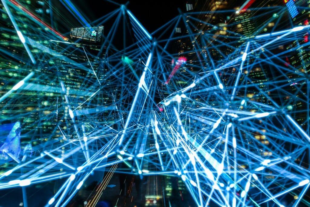 Codex, il sistema di intelligenza artificiale realizzato da OpenAI è in grado di programmare in qualsiasi linguaggio di programmazione.