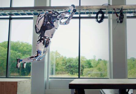 Atlas: come funziona il robot umanoide di Boston Dynamics