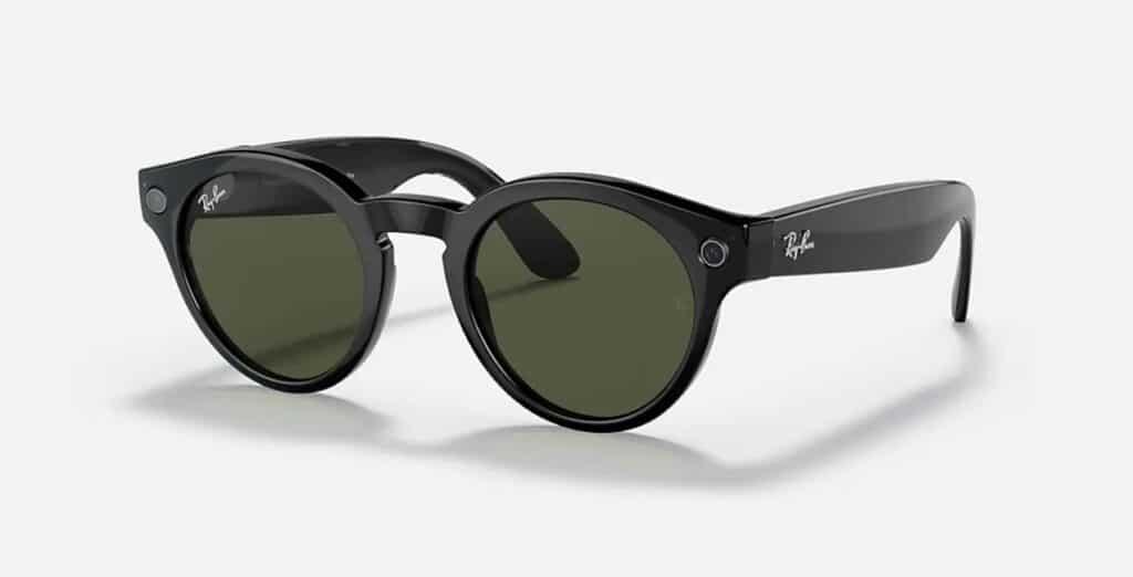 Stories, gli smart glasses di Ray-Ban e Facebook