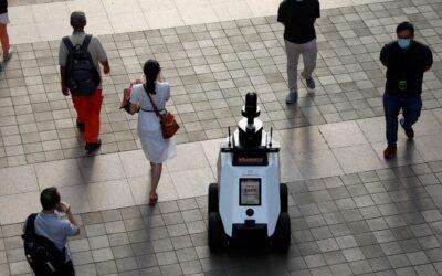 Ecco Xavier, il poliziotto robot di Singapore